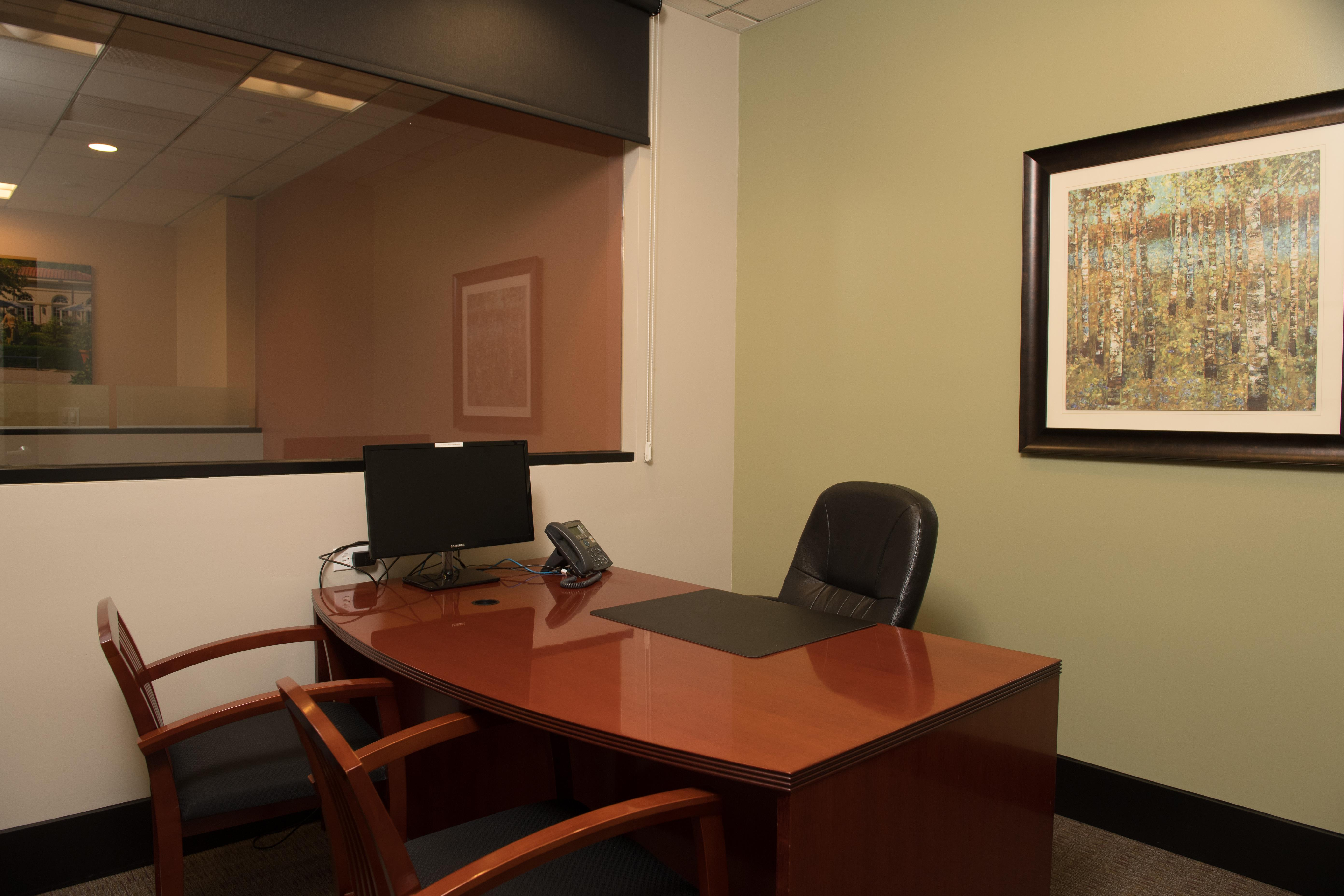 Victory Workspace (Laptop Lounge) - Executive Office