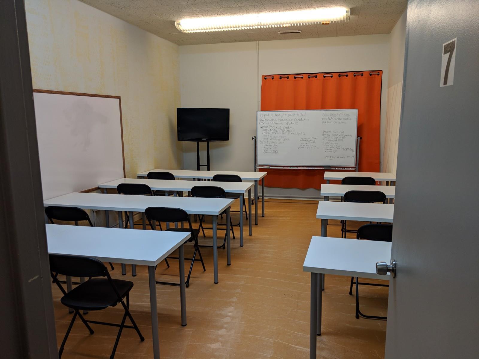 RelayShop SPACES - Workshop, Training & Meeting Room #7