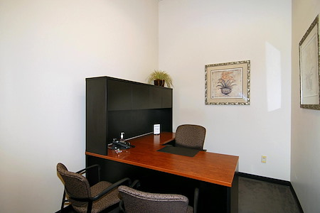 (PAS) 790 East Colorado - Interior Office