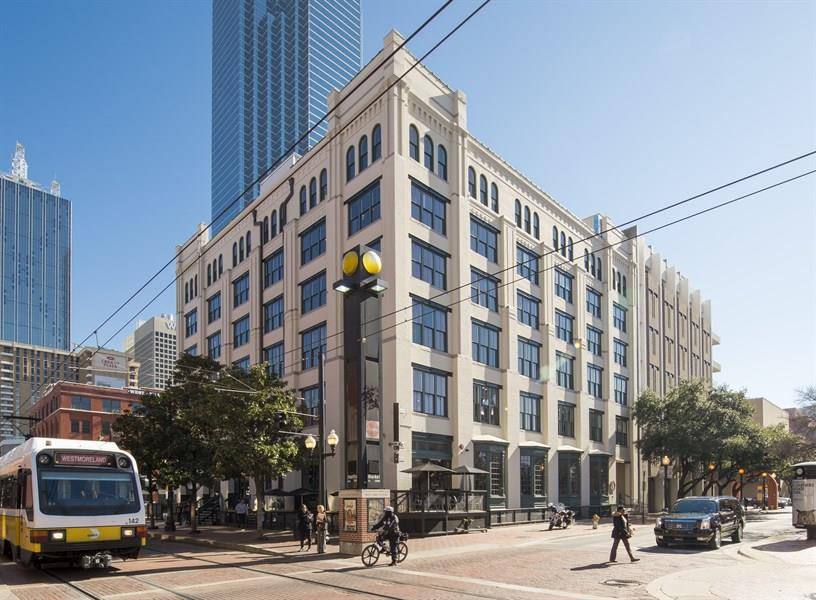 Crescent Real Estate | 208 North Market Street - Suite LL-C