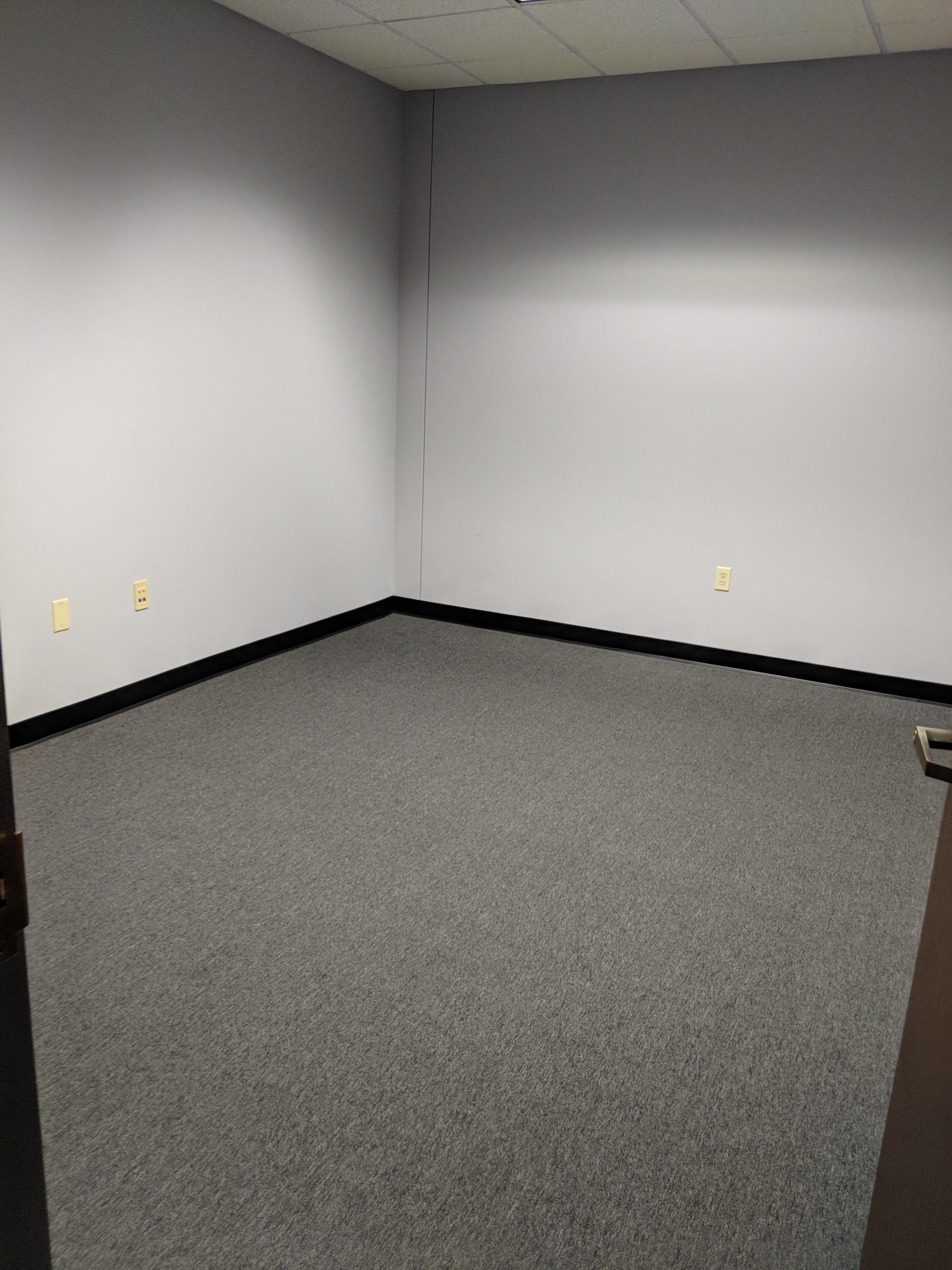SOLO WORLD PARTNERS - Office 1B