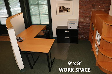 The Metro Company LLC - Open Desk Area