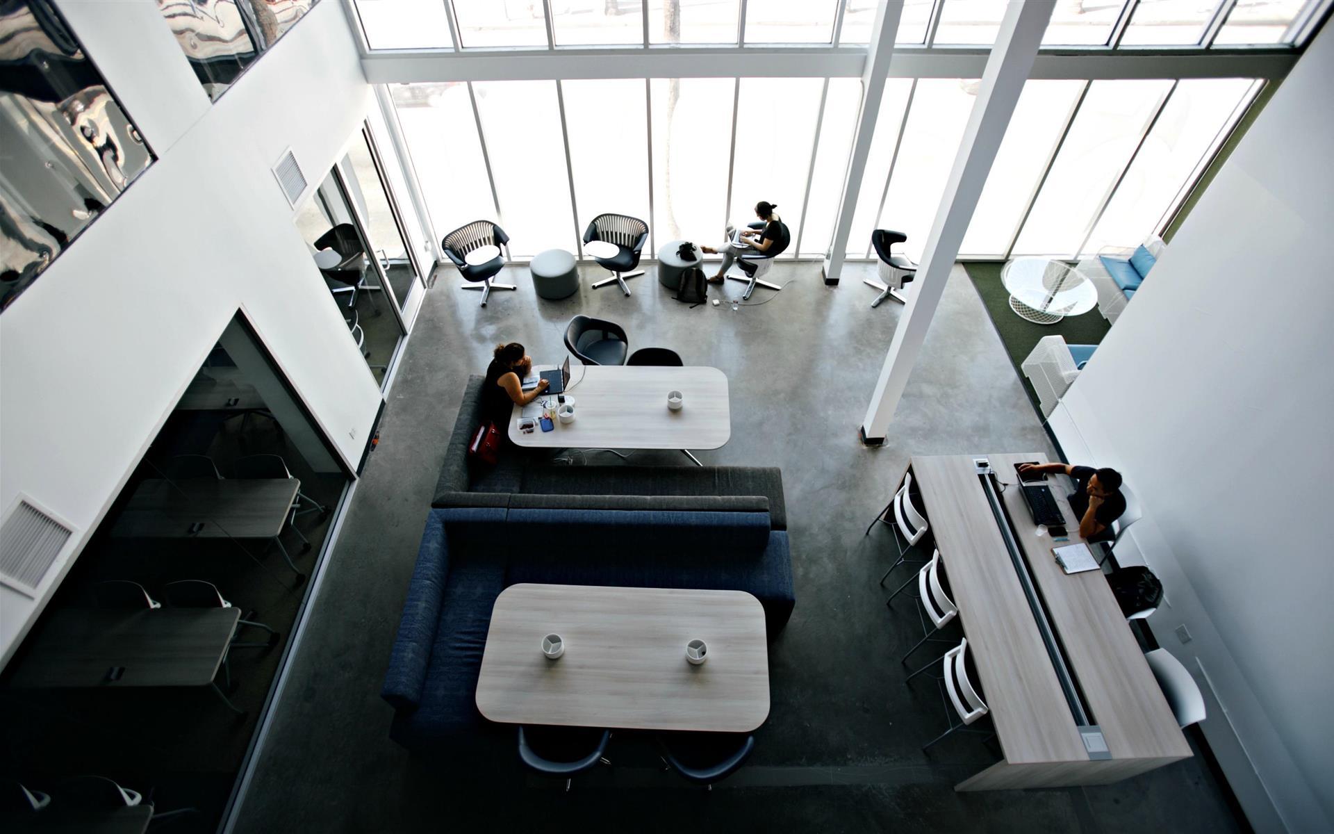 SANDHOUSE Los Angeles - Workbar Membership