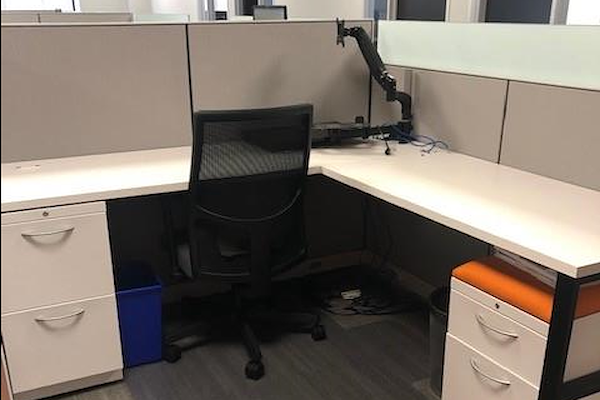ACHL - Dedicated Desk 1