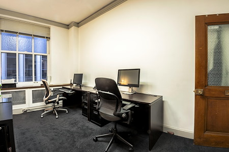 Bertoni-Law Immigration Solutions - Dedicated Desks