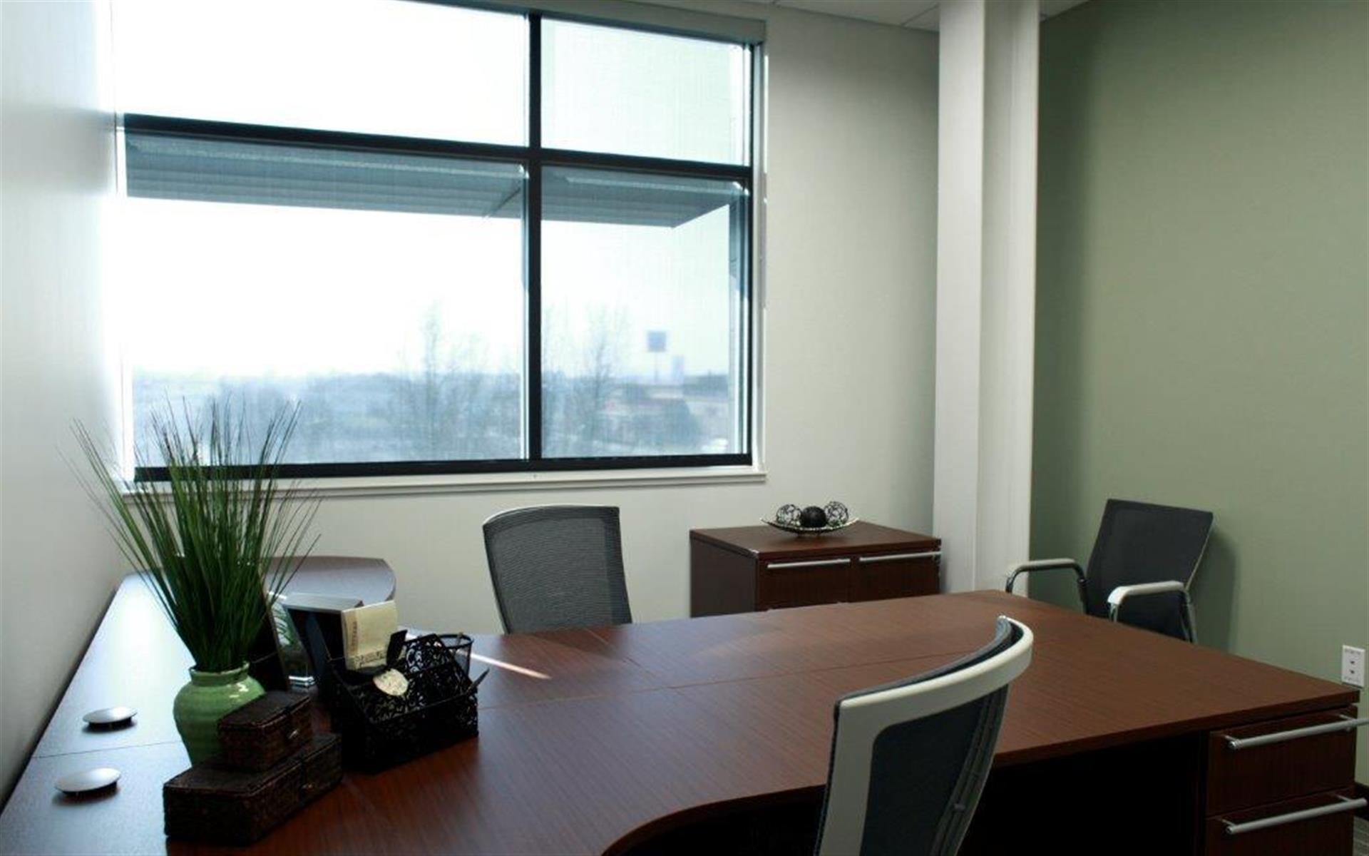 Office Evolution - Centerville - Office #206