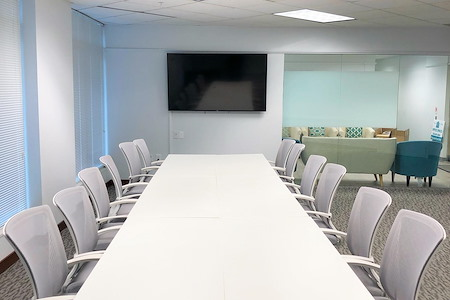 Oasis Office Gaithersburg - Conference Room
