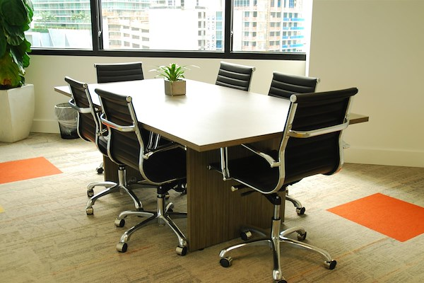 Group Office Space 24 - Meeting Room