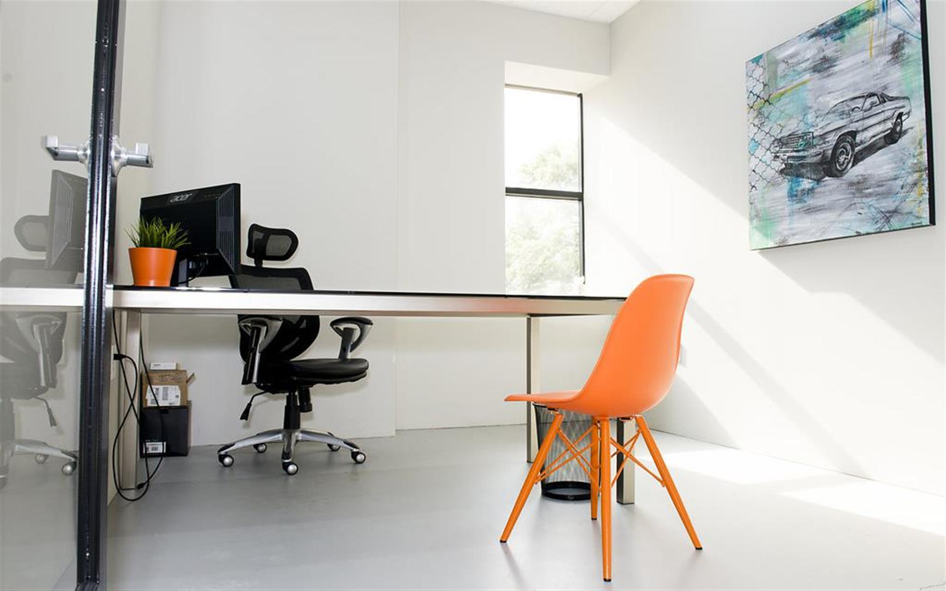 Thrive Coworking - Dedicated Office