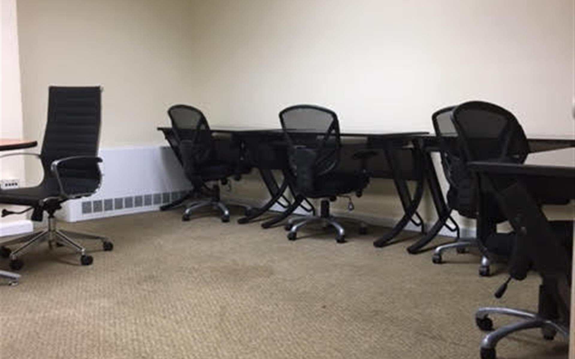 Jay Suites Penn Station - 8-10 Person Office- All Inclusive Price