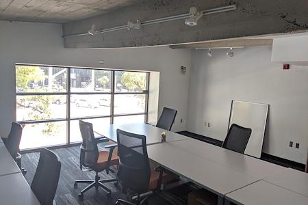 BLANKSPACES Culver City - Window Team Office #8