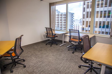 SOMAcentral | San Francisco (Sacramento St.) - Team Office For 8