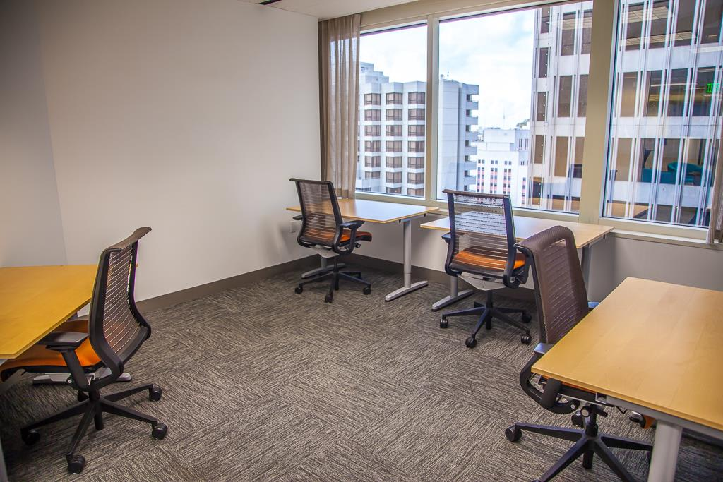 SOMAcentral | San Francisco (Sacramento St.) - Team Office For 8
