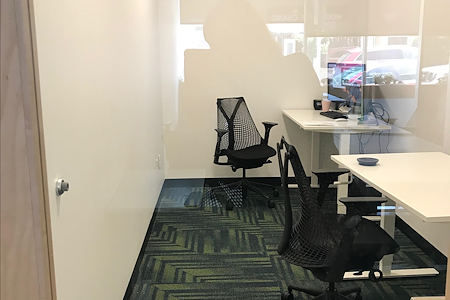 BUILT - BUILT COWORKING PRIVATE OFFICE