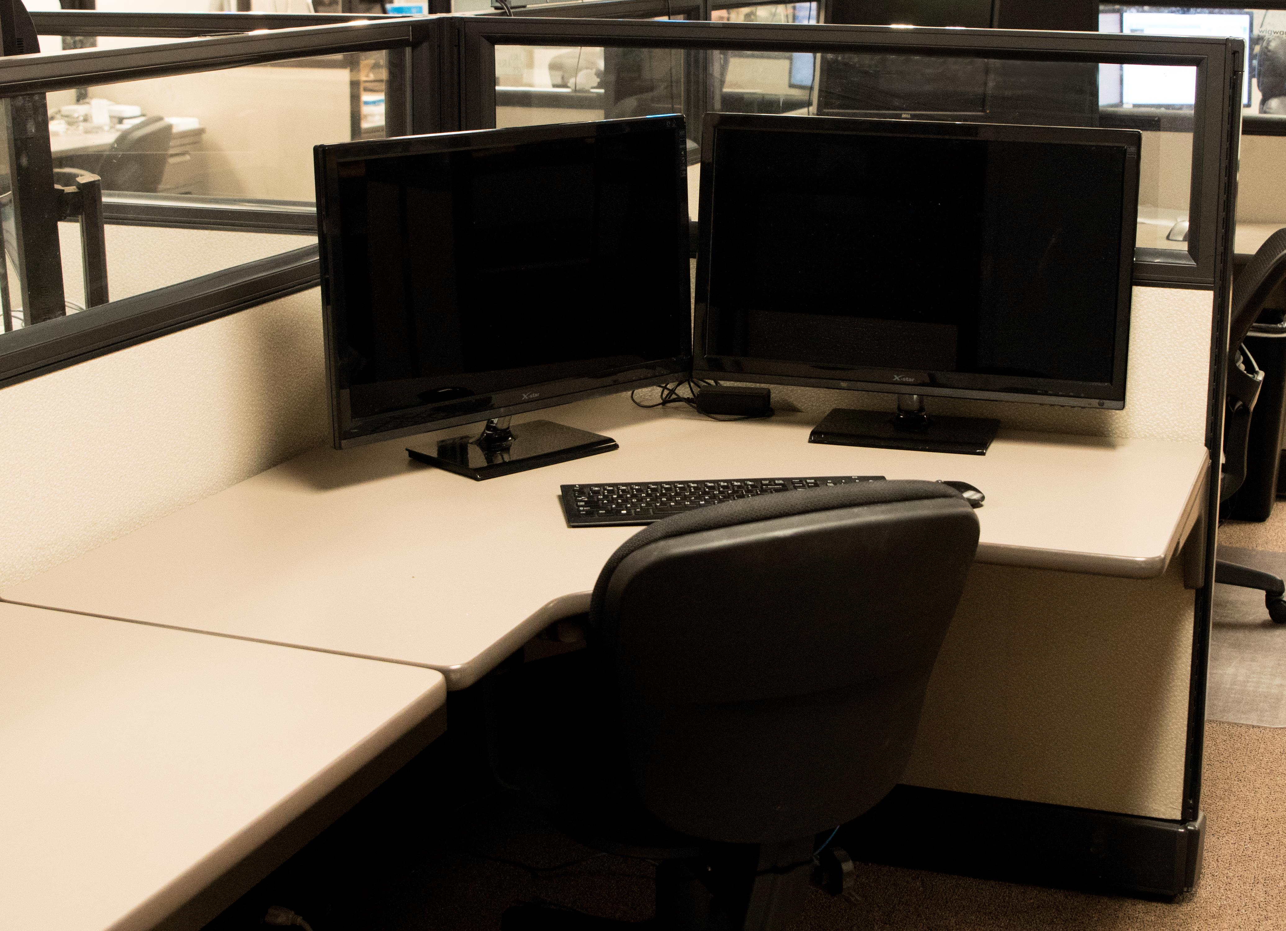 WigWag - Dedicated Desk