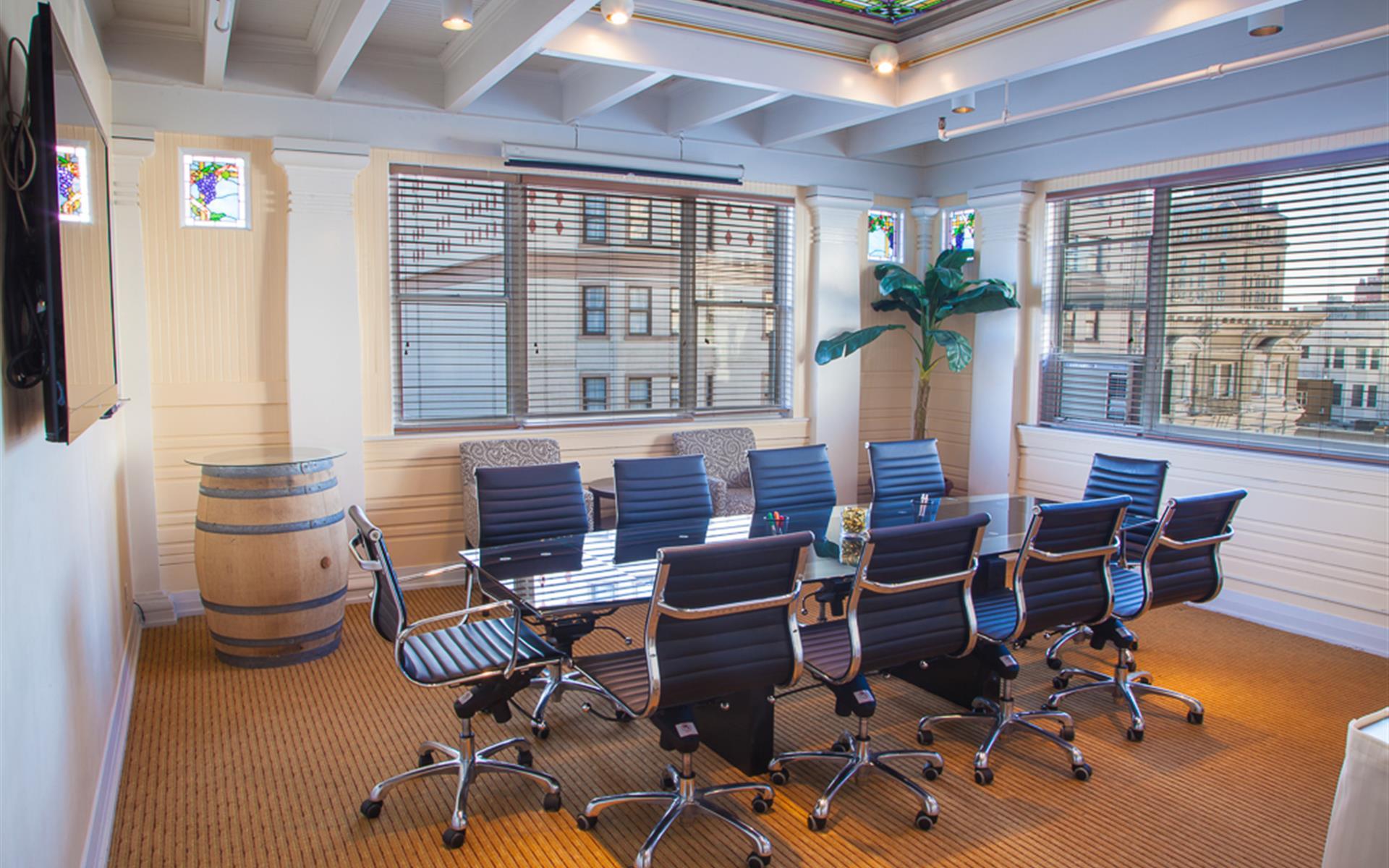 Executive Hotel Vintage Court - Boardroom 8th Floor