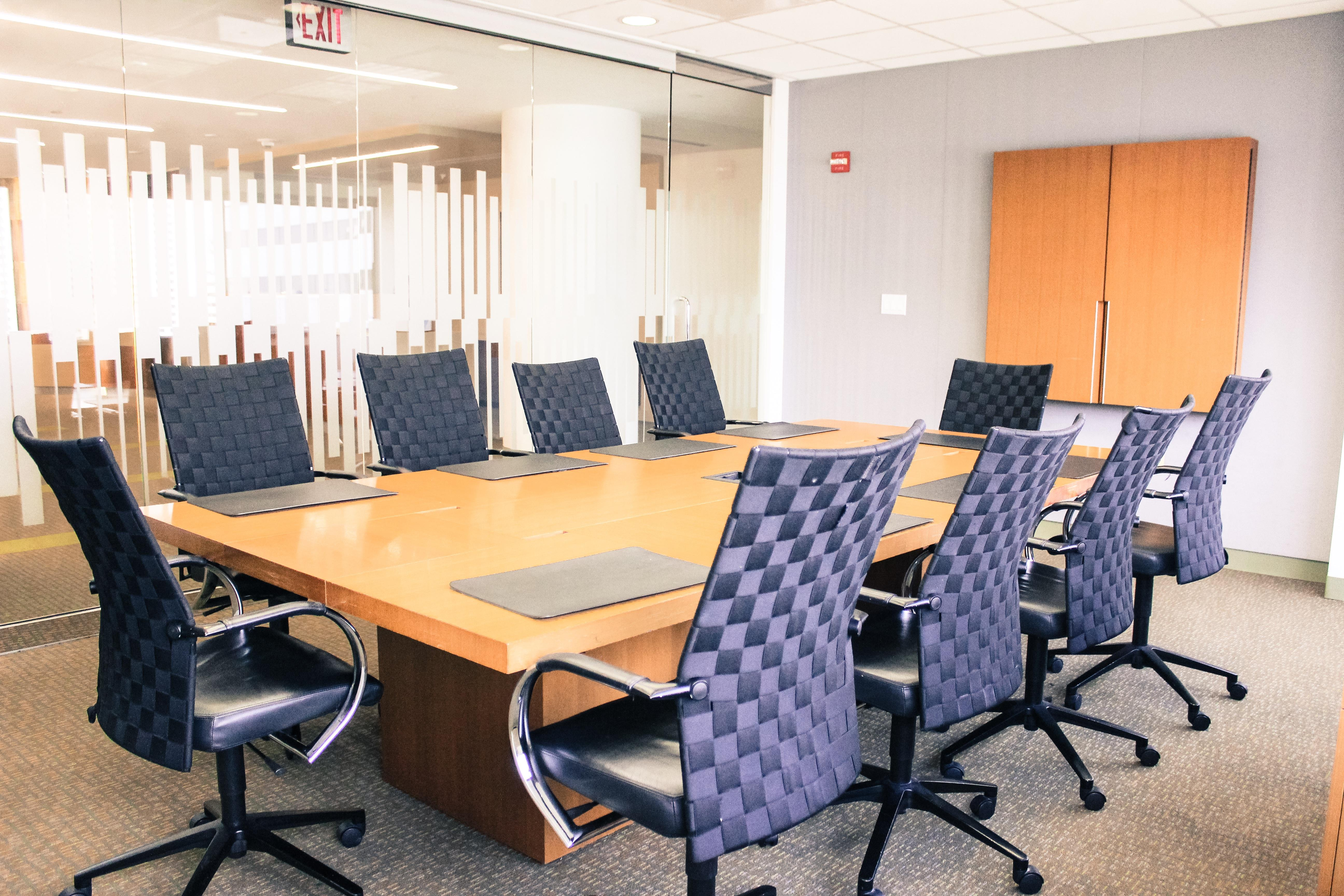 Executive Office Suites - Great Falls Room