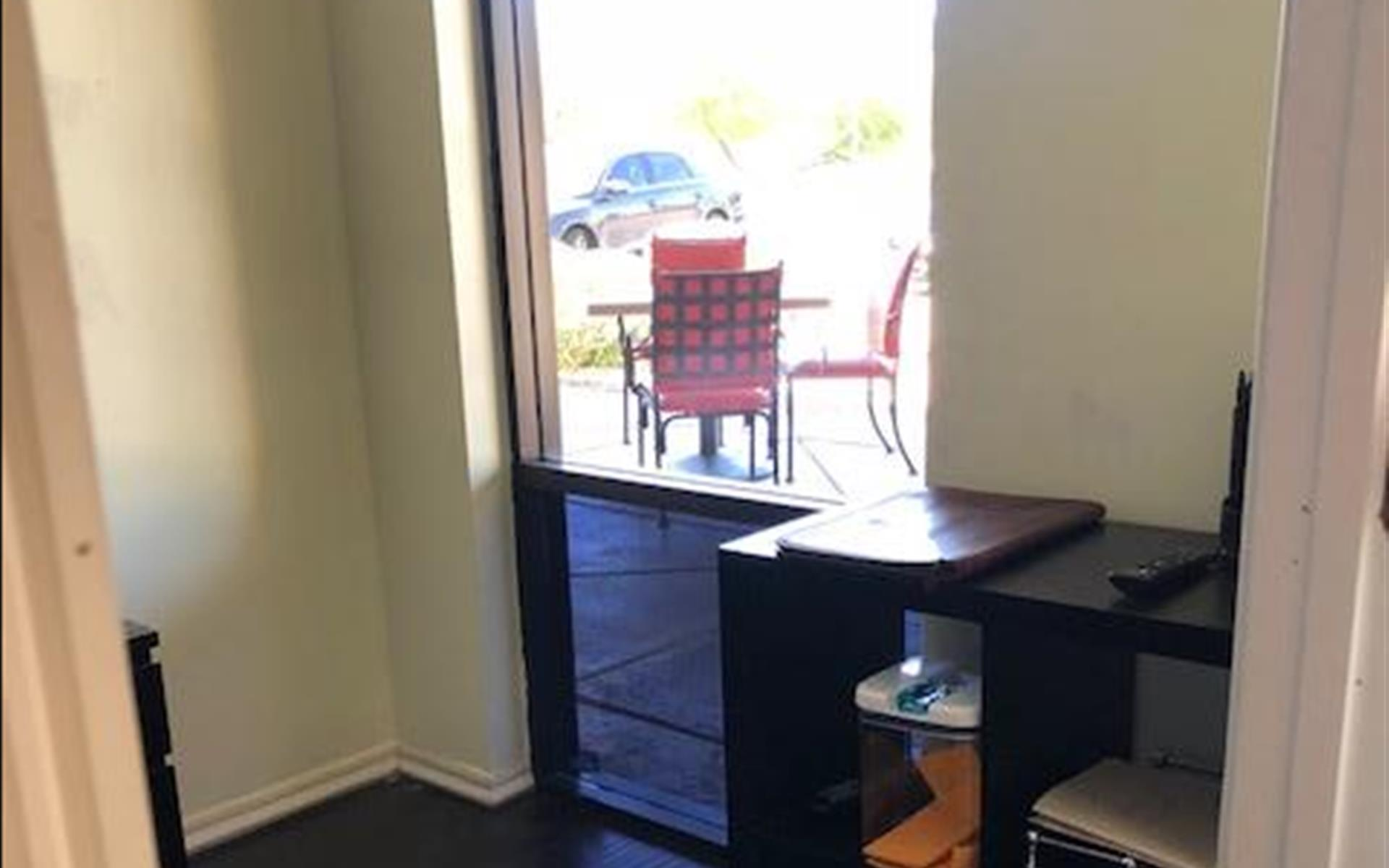 Just My Office - Private Office