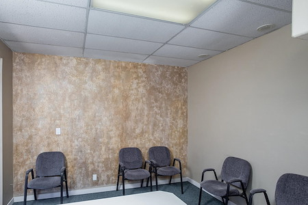 Paradise Palms Plaza - Conference Room