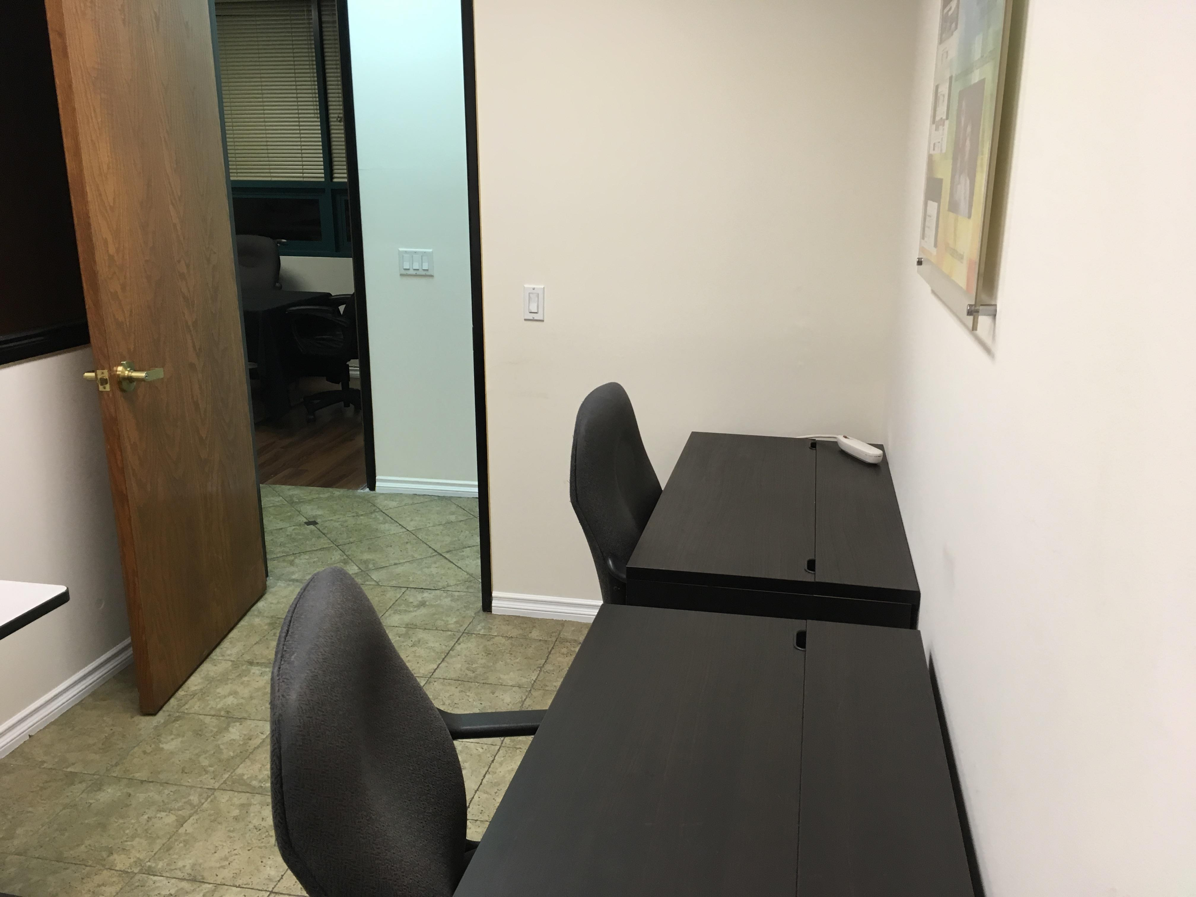 Integrated Digital Technologies (IDT) - Private Office and Meeting Room 4 Daily