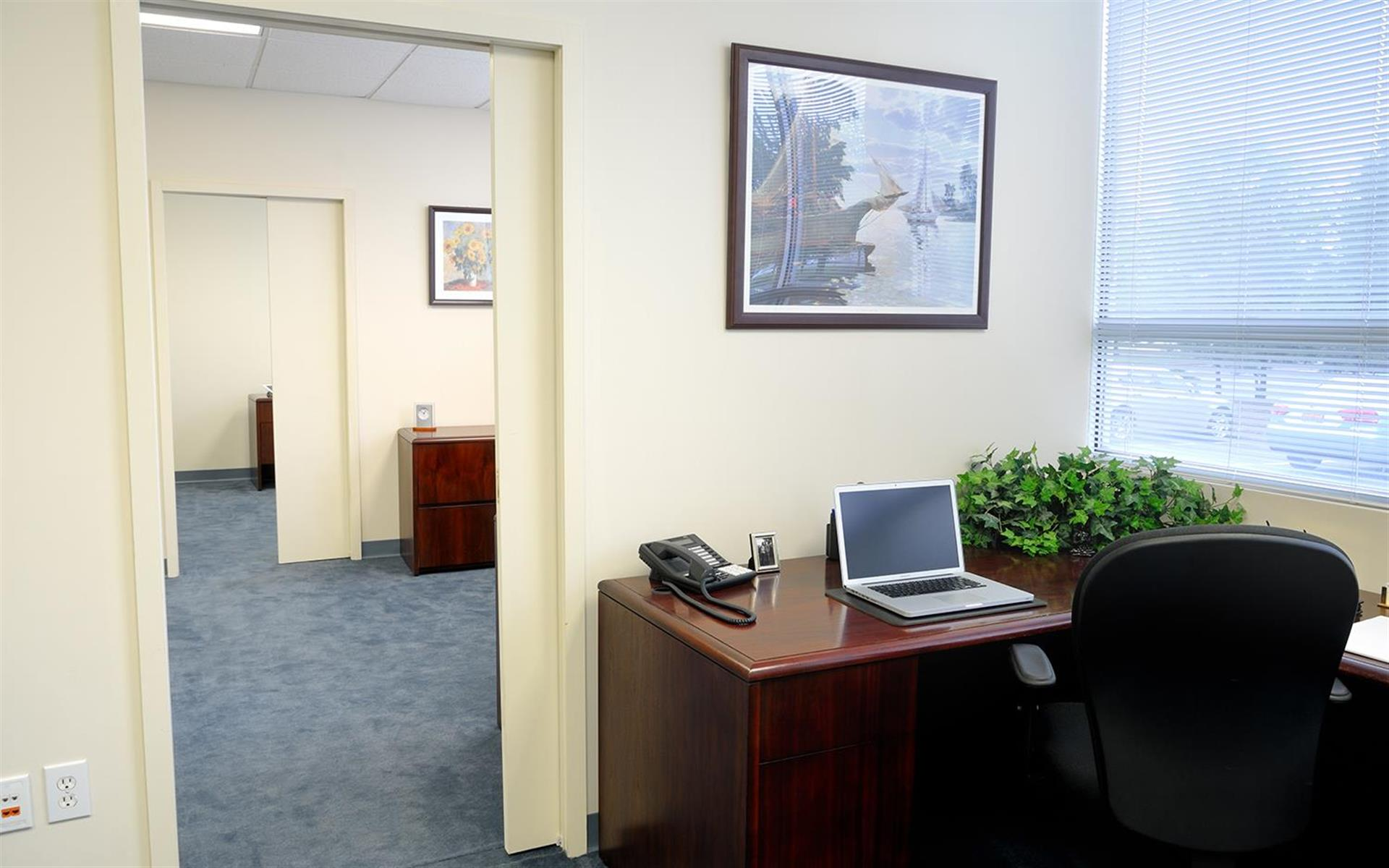 TOTUS Business Center Long Island - Melville, NY - Private Office #146 | Monthly