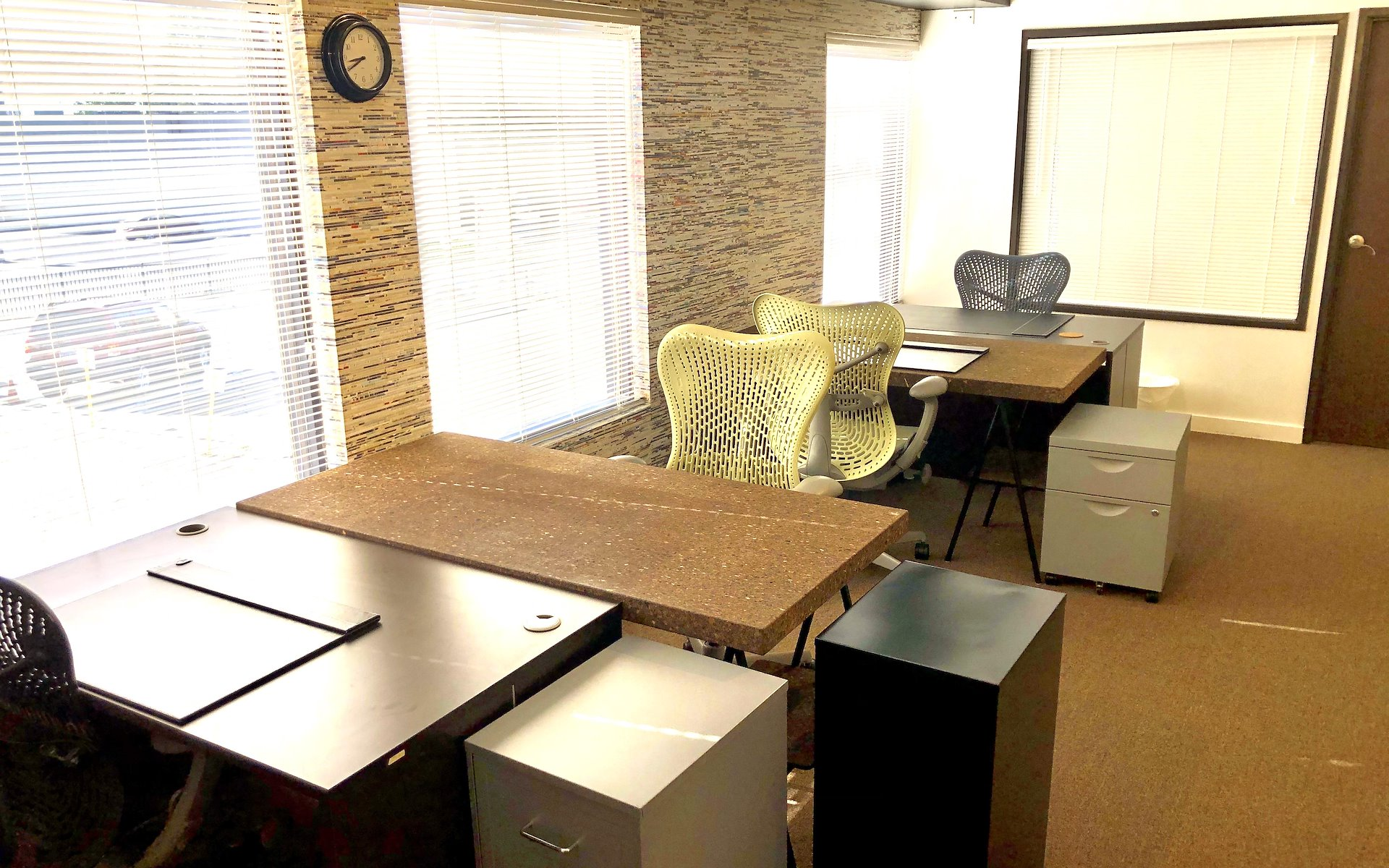 My Other Office - Mosaic Suite (Open Space Deciated Desk)
