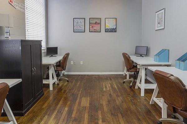 CoWorkTampa - Medium Office