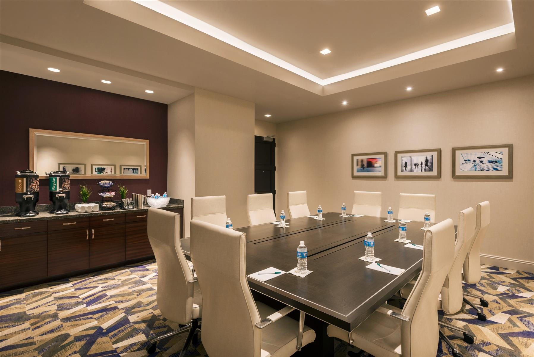 Homewood Suites by Hilton Manhattan/Times Square South - Fashion Executive Boardroom