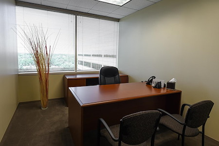 Oakbrook terrace il office space liquidspace for 1 mid america plaza oakbrook terrace il