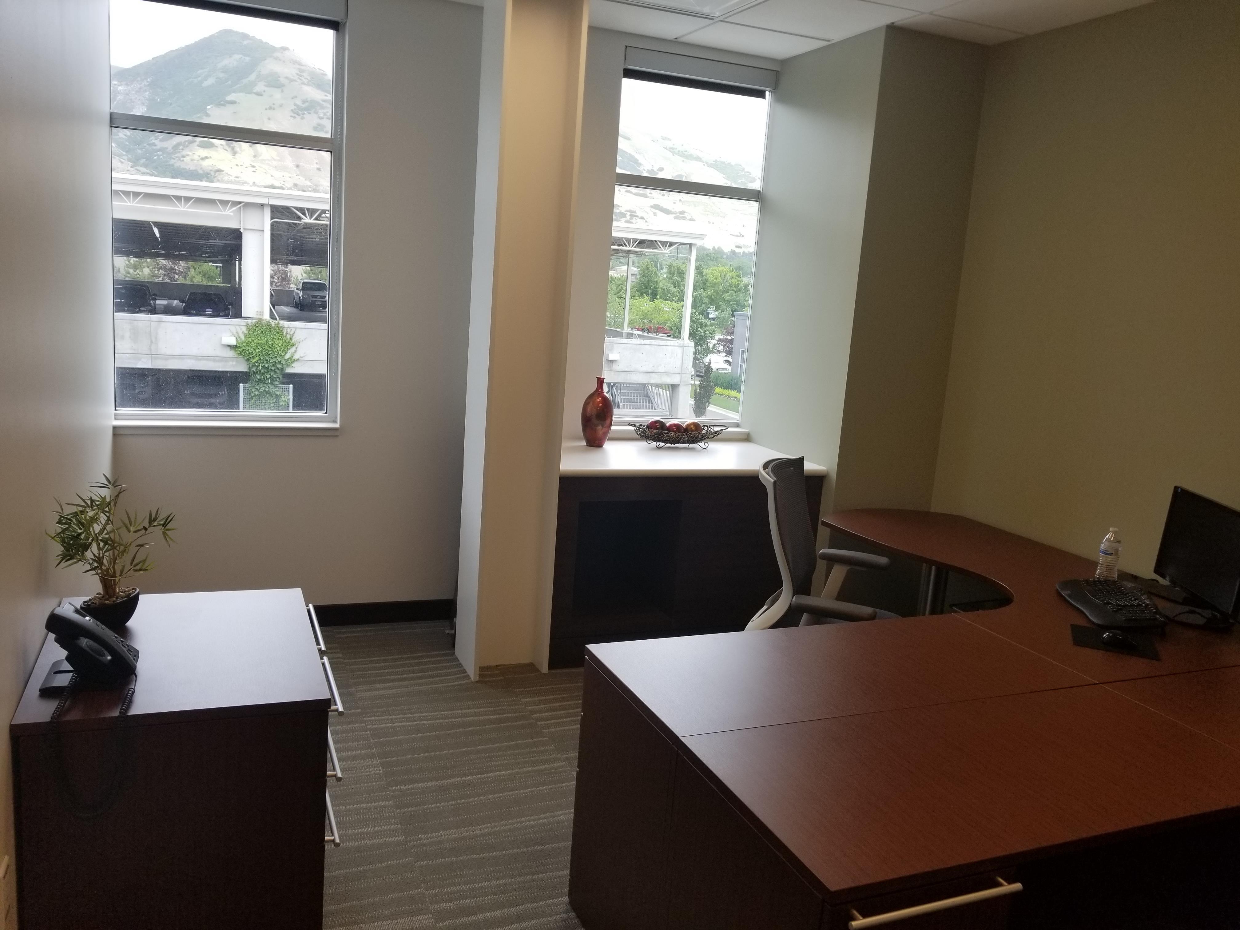 Office Evolution - Centerville - Office #213