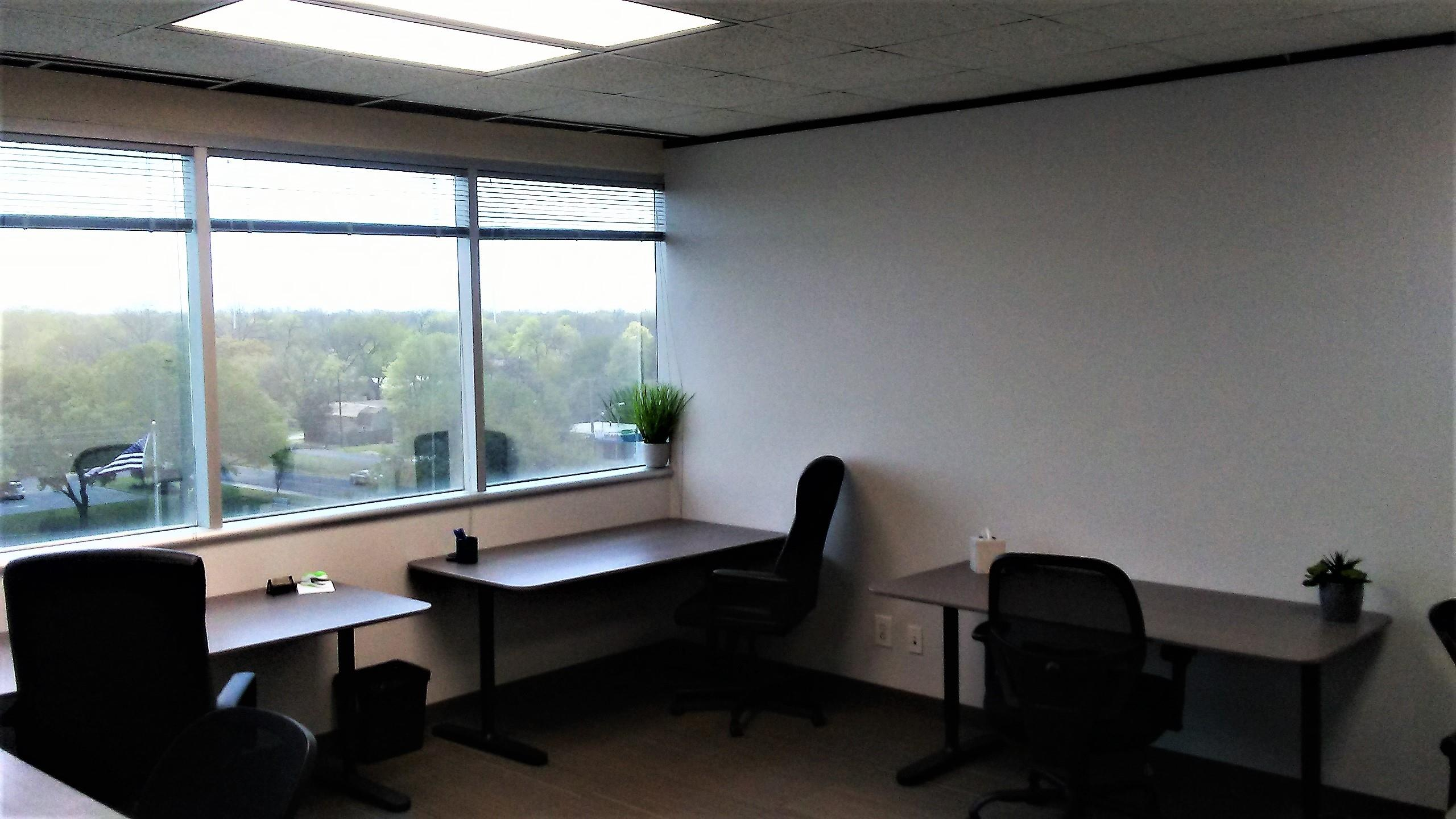 Northcross Chase Bank - Office Space for 7
