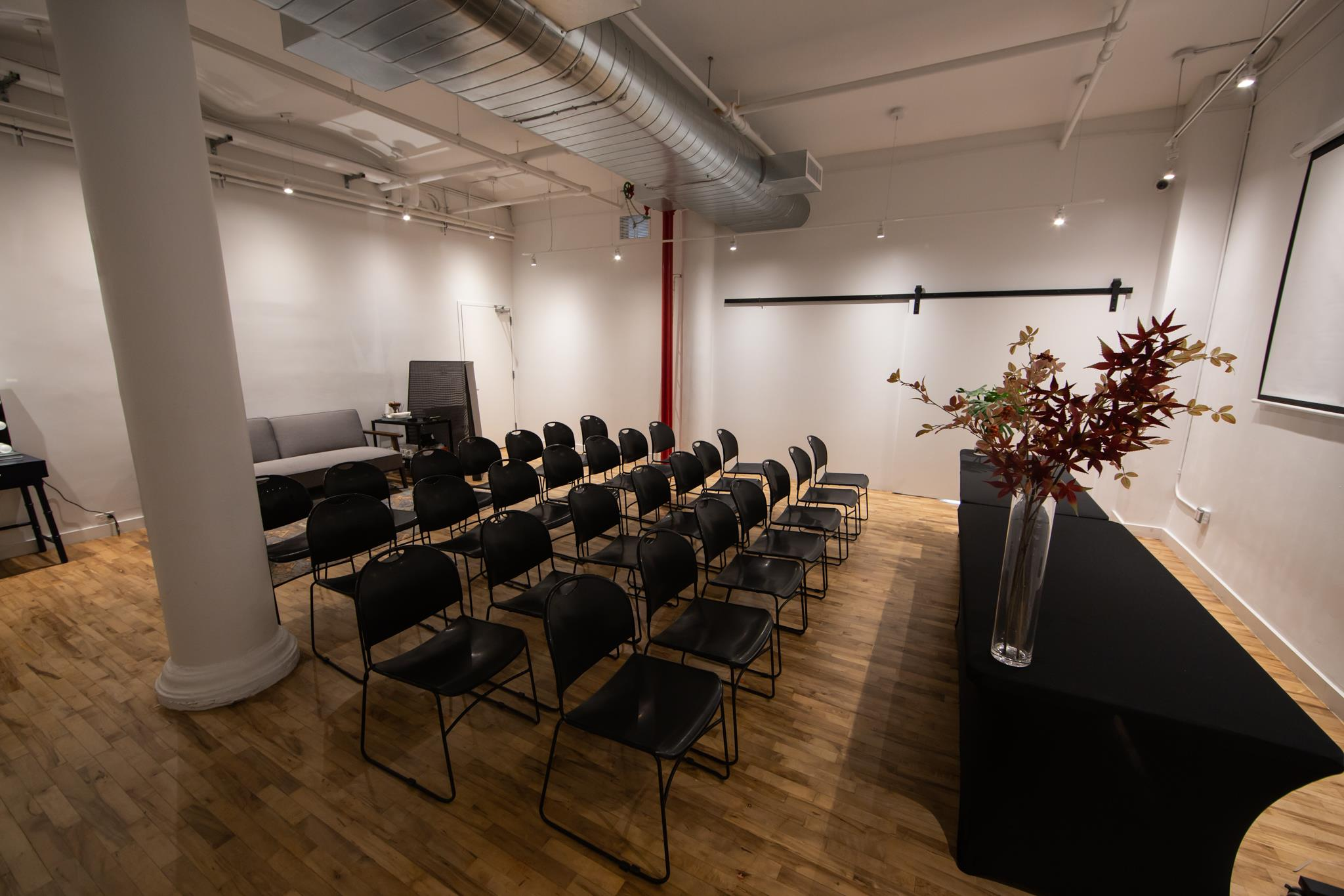 VillageOne Space - Spacious Conference Room