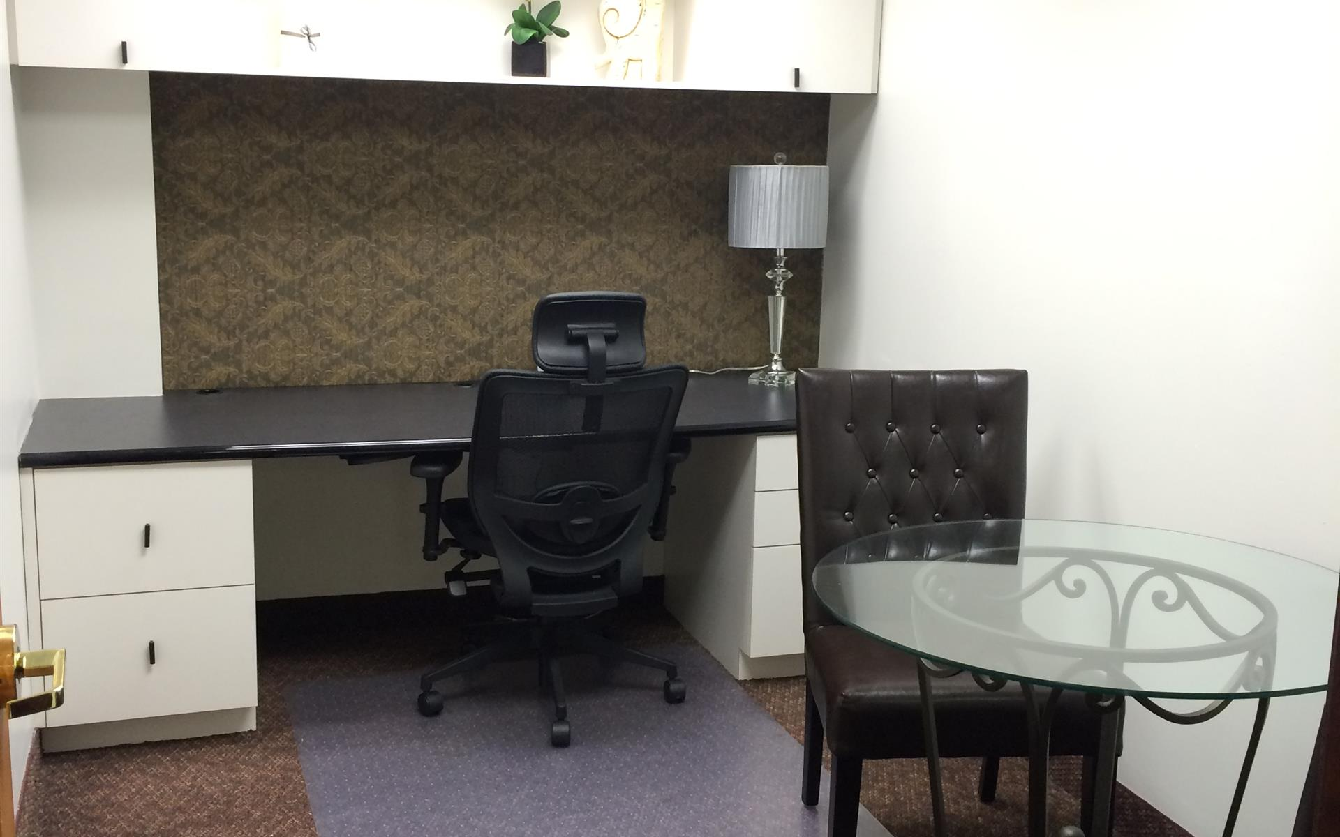 First Choice Executive Suites - Airy  window office w/table & 2 chairs