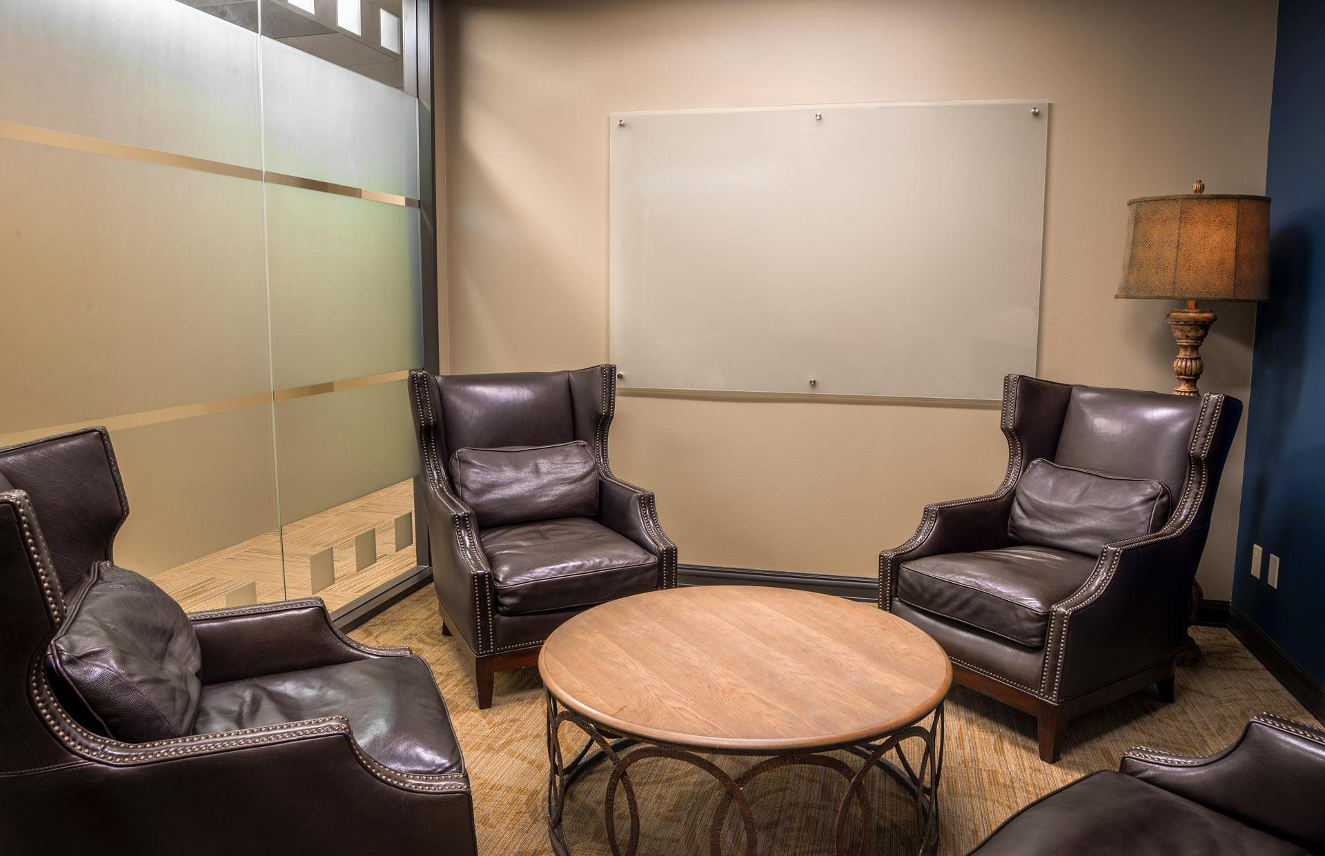 The Woodlands Office Suites - Business Lounge