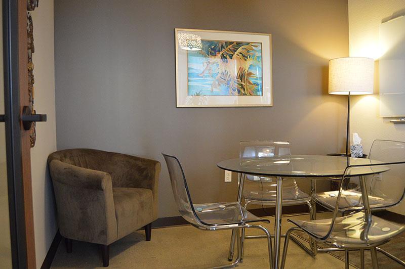 Hera Hub - Brown Meeting Room