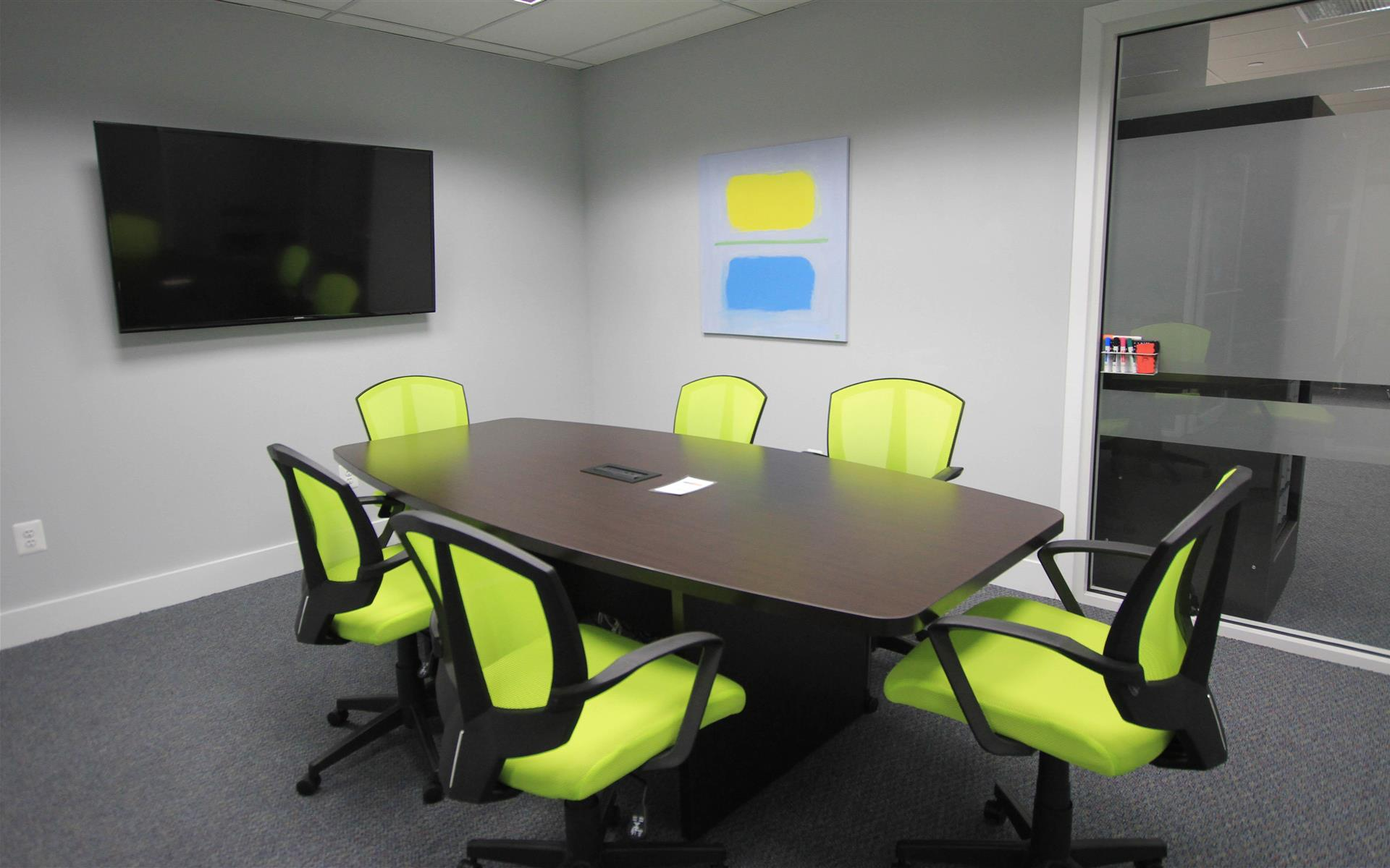 HeadRoom - Wayne - Conference Room 3