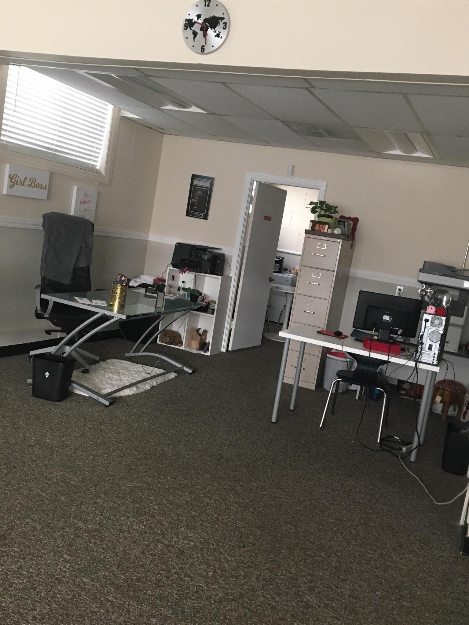 HotSpot Co-Working Space - Dedicated Desk