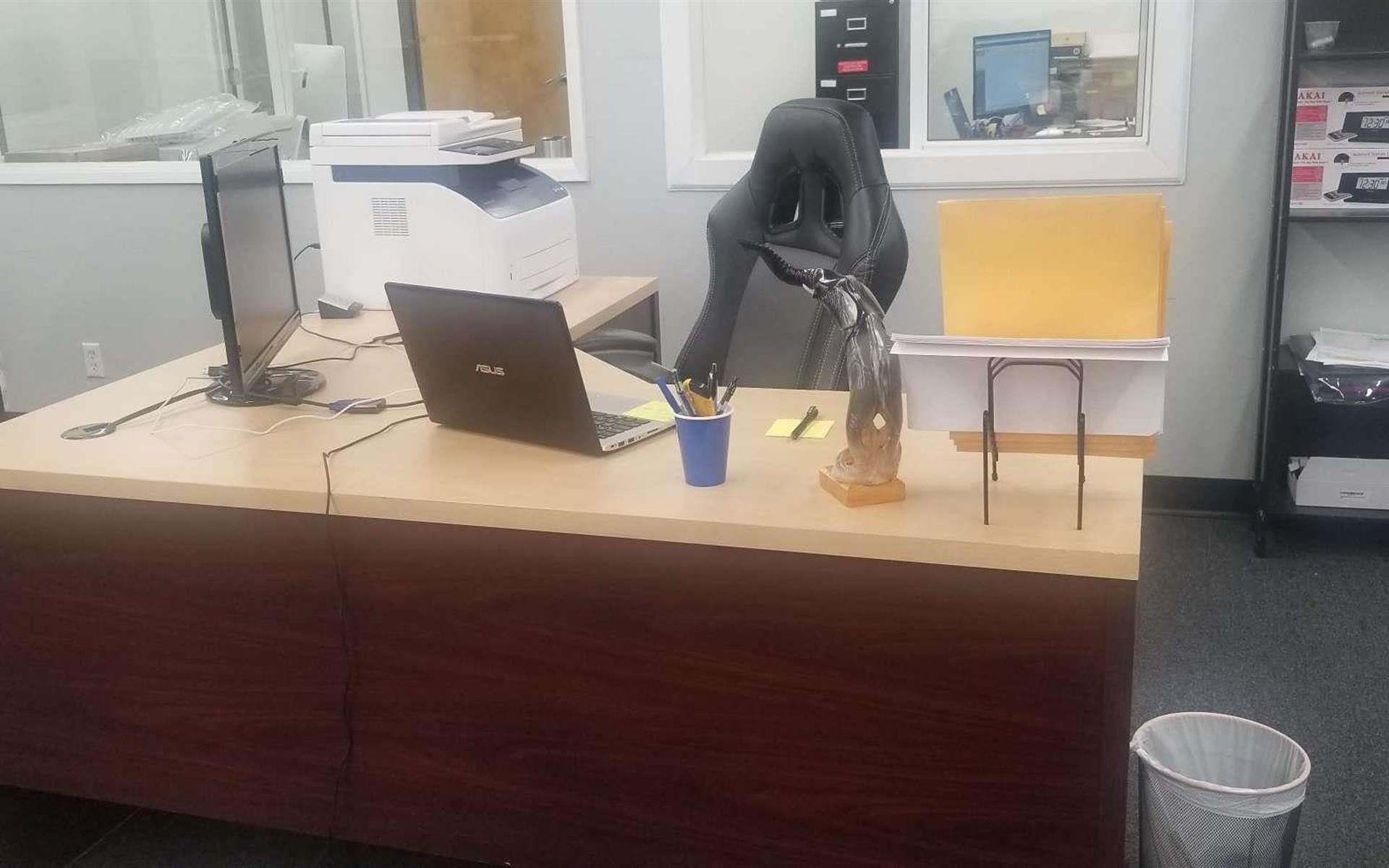 AILLC - Only Desk