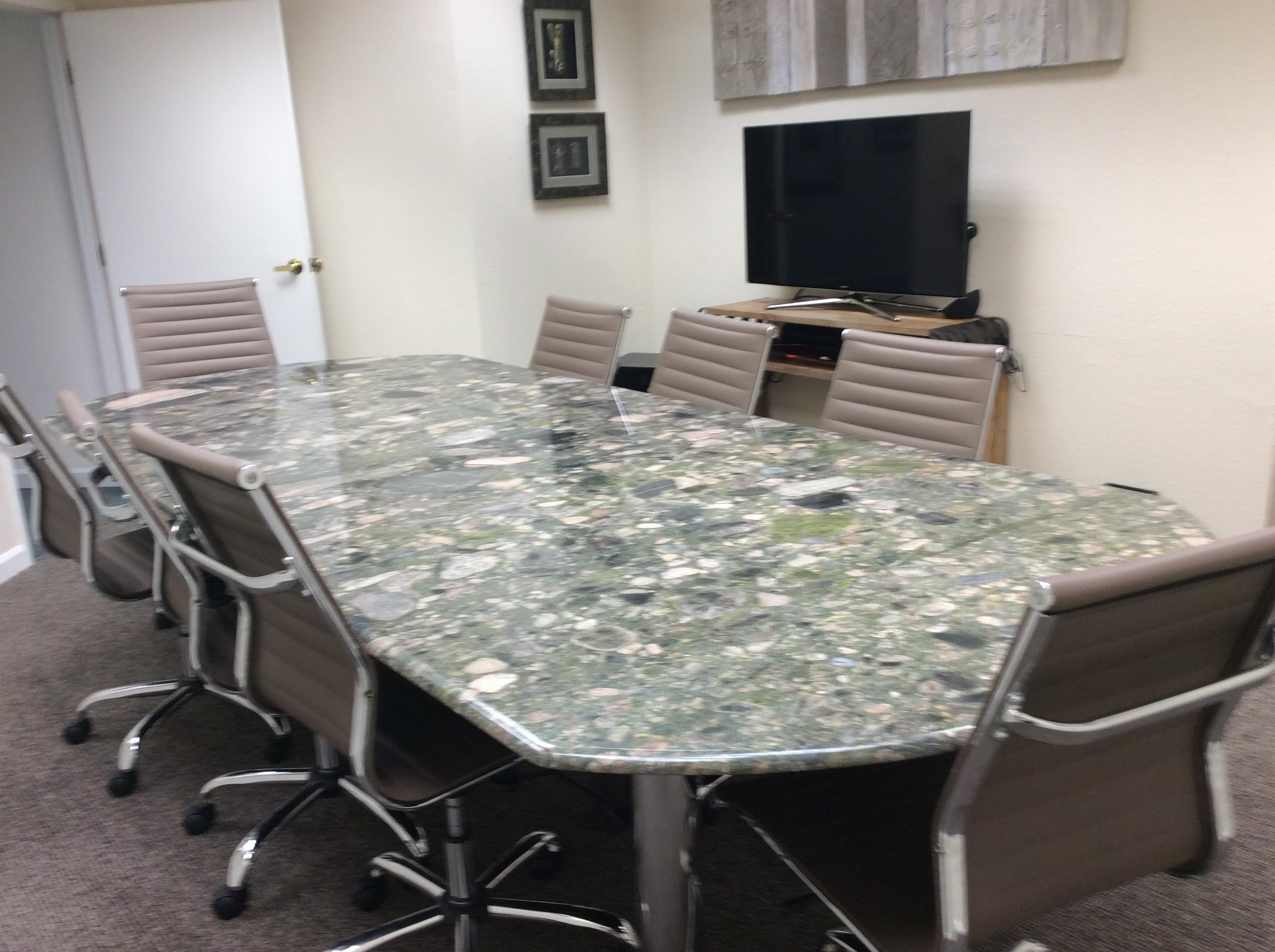 Fraulob Brown - Meeting Room 1