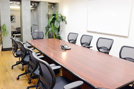 Select Office Suites - Chelsea - Select Large Meeting Room #1