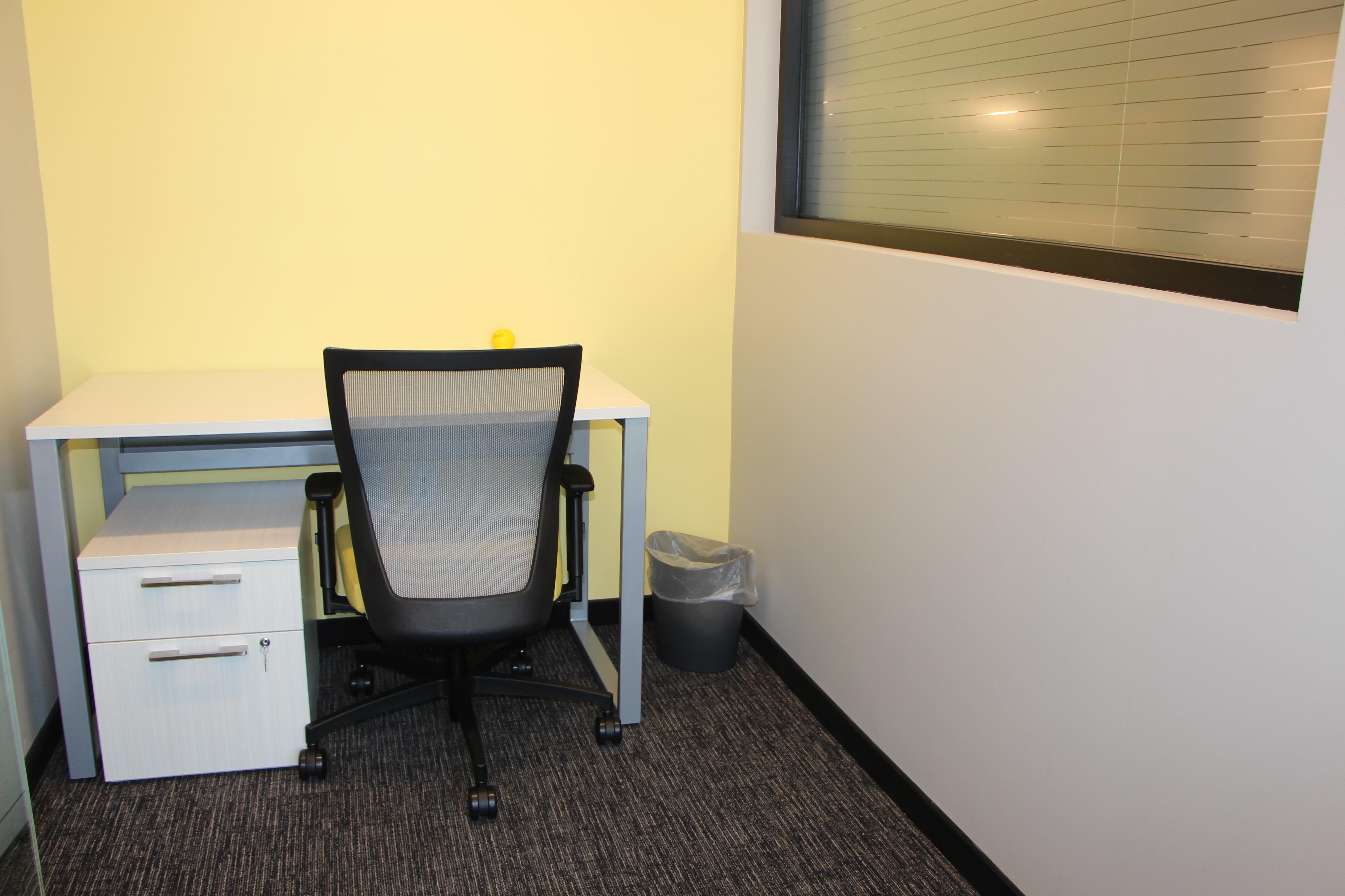 SmartSpace - Suite 102