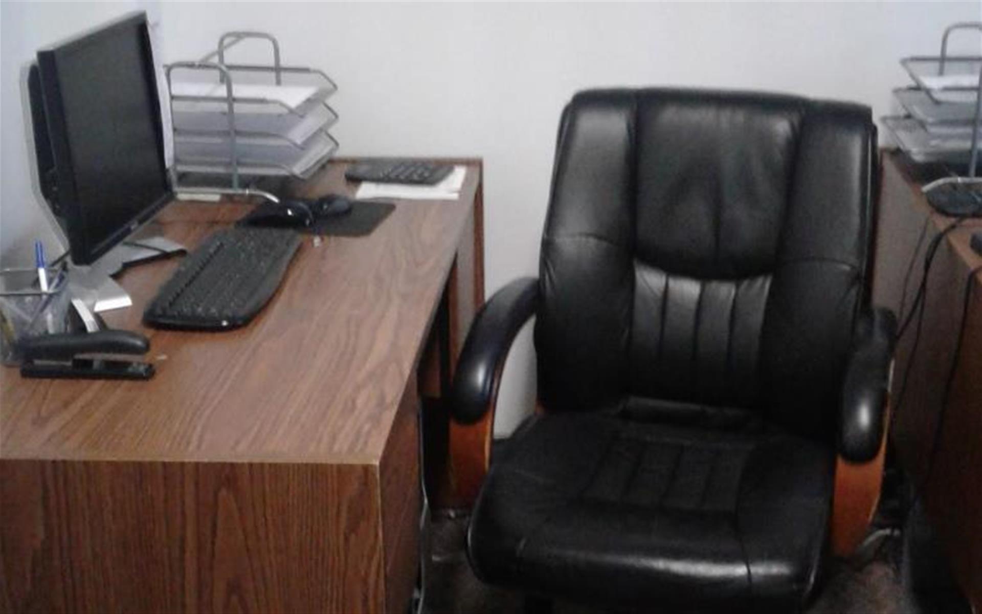 9 Caldwell Pl - Dedicated Desk 1