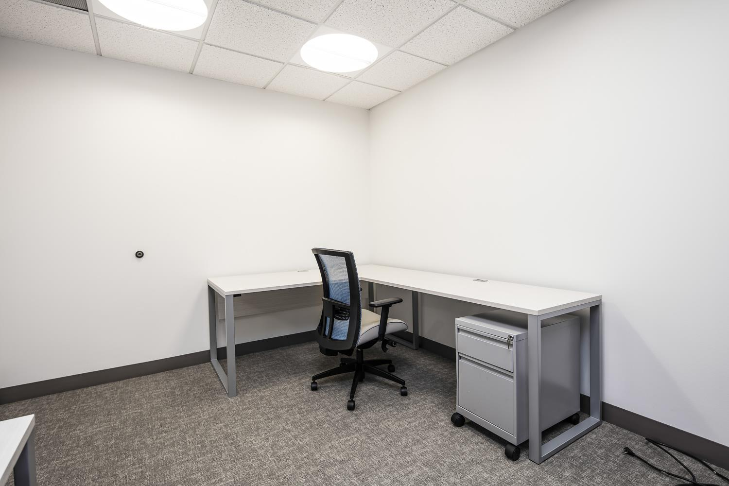 WashREIT | 515 King Street - Private Office | Suite 320 - Office 4