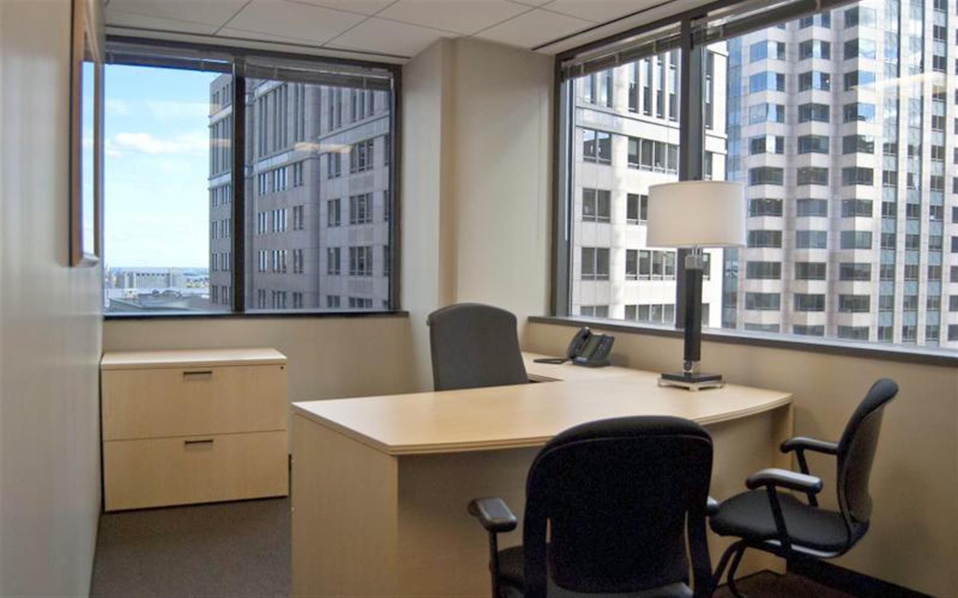 Intelligent Office - Boston - Monthly Team Office for 3