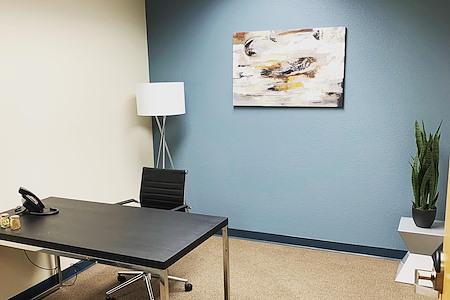 Privé Offices - Suite 1501