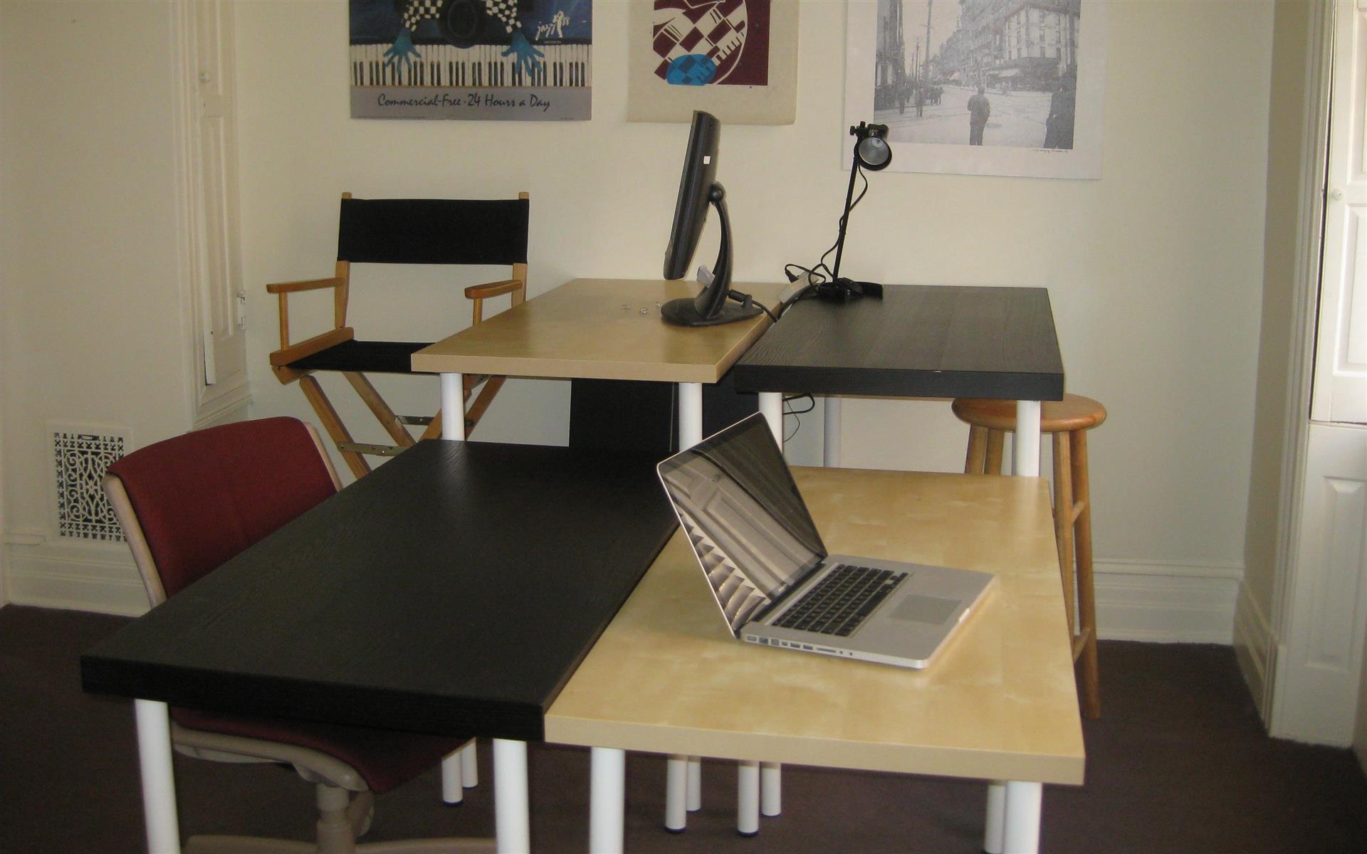 Base Camp Trenton - Open desks