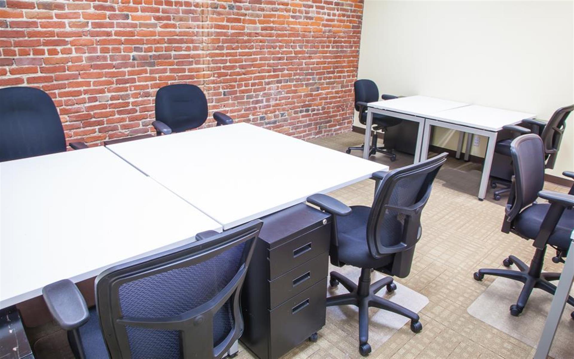 ReadiSuite - Veronica Building - Monthly Team Office 201