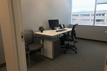 Intelligent Office - Bloomington - Executive Office 6