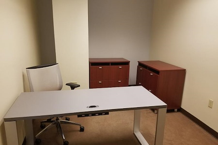 Pacific Workplaces - Capitol - Monthly Private Office 926