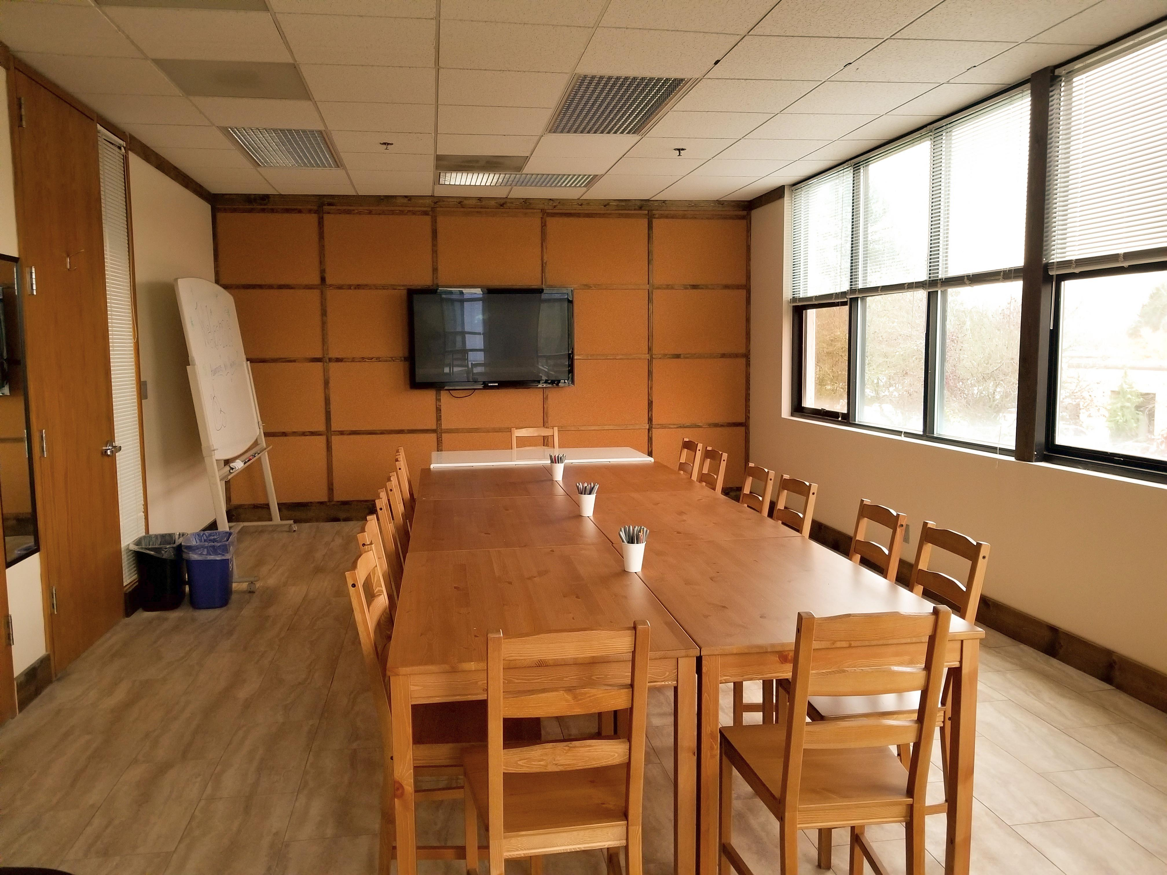 Affordable Private Meeting room/Calssroom - Meeting Room 1